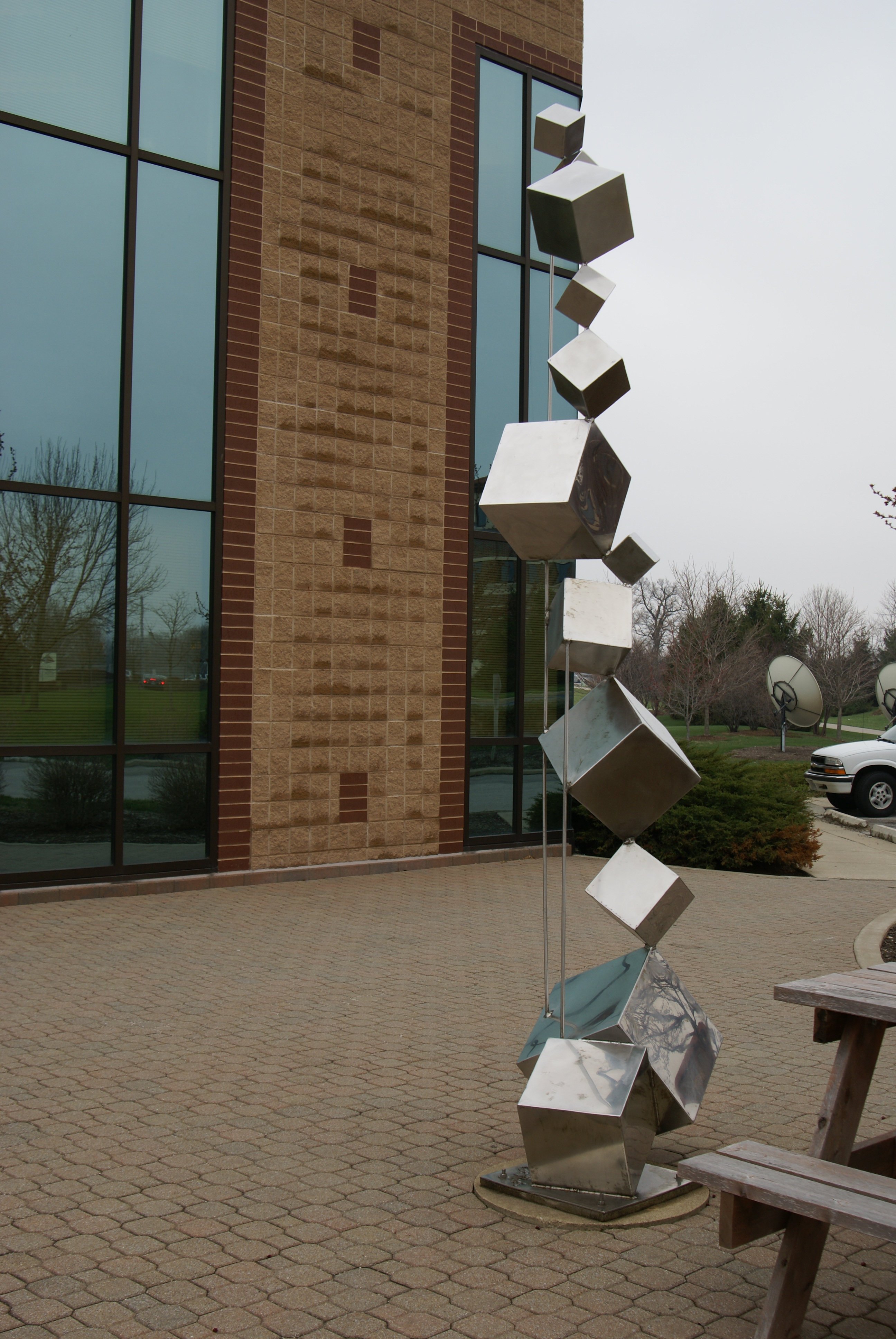 Harmony sculpture